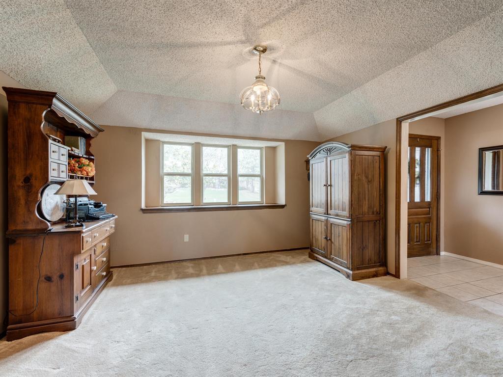 425 Mountainview Drive, Hurst, Texas 76054 - acquisto real estate best highland park realtor amy gasperini fast real estate service