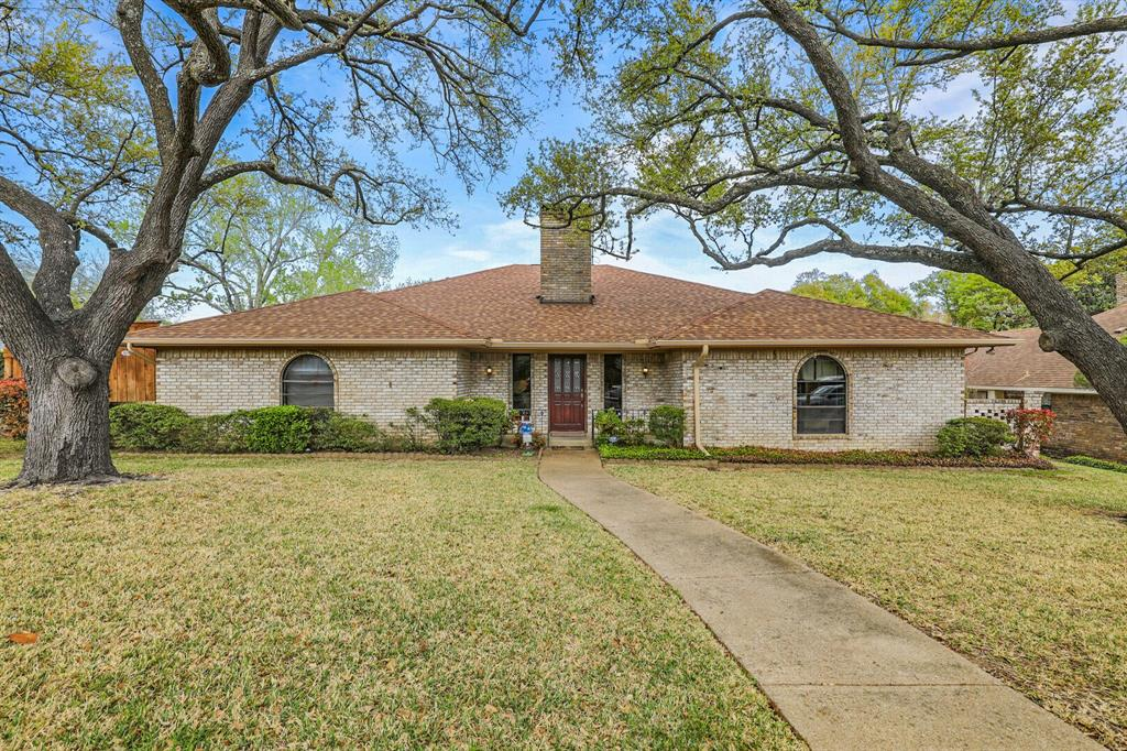 7126 Tabor  Drive, Dallas, Texas 75231 - Acquisto Real Estate best plano realtor mike Shepherd home owners association expert