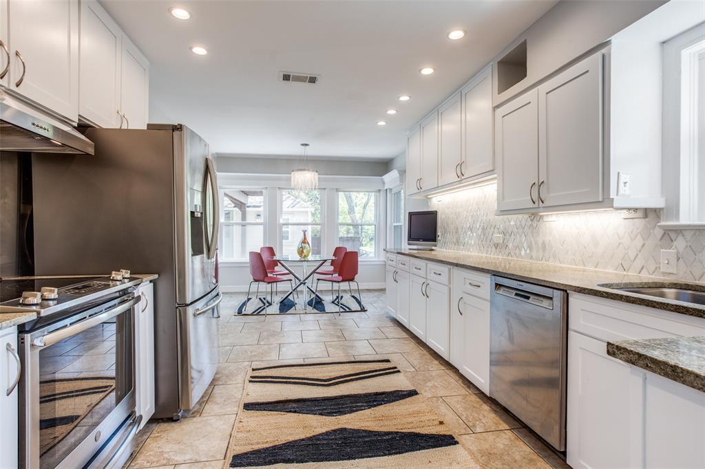 2862 Duval Drive, Dallas, Texas 75211 - acquisto real estate best photos for luxury listings amy gasperini quick sale real estate