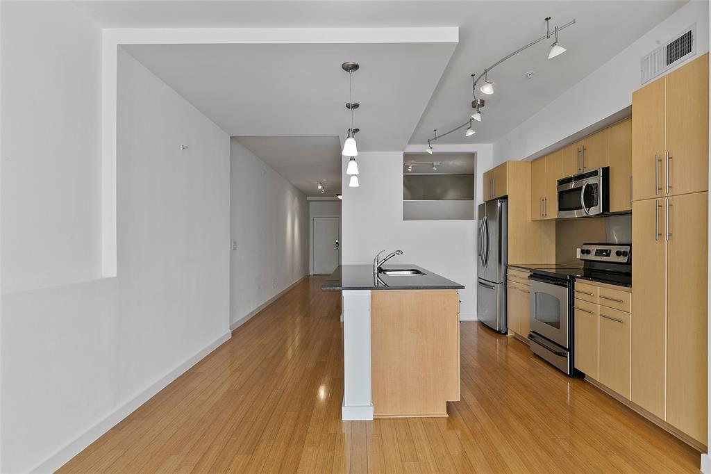 4040 HALL  Street, Dallas, Texas 75219 - acquisto real estate best designer and realtor hannah ewing kind realtor