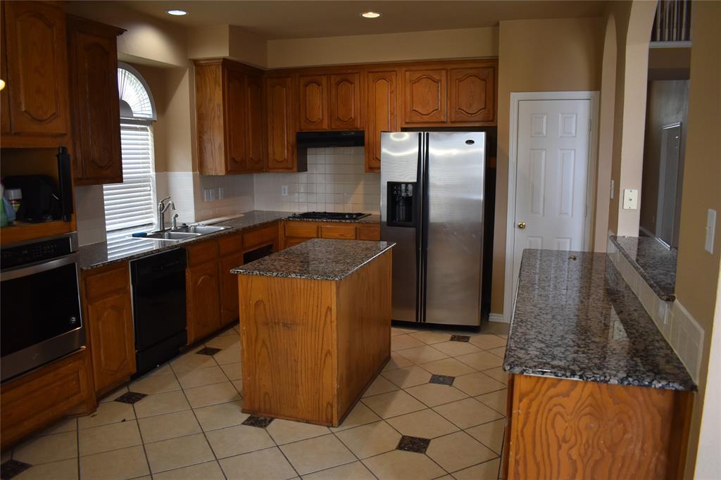 1701 Wylie Creek Drive, DeSoto, Texas 75115 - acquisto real estate best designer and realtor hannah ewing kind realtor