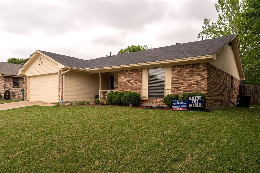 7800 Pebblebrook  Drive, Watauga, Texas 76148 - acquisto real estate best realtor dfw jody daley liberty high school realtor