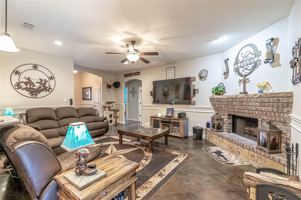 1204 Pala Dura  Court, Granbury, Texas 76048 - acquisto real estate best realtor westlake susan cancemi kind realtor of the year