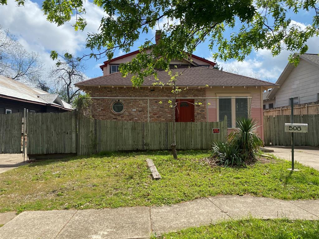 508 Brighton Avenue, Dallas, Texas 75208 - Acquisto Real Estate best frisco realtor Amy Gasperini 1031 exchange expert