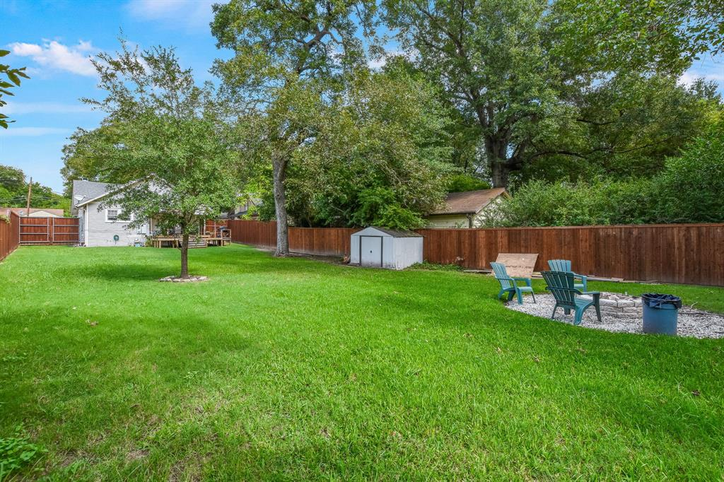 201 Pecan  Street, Terrell, Texas 75160 - acquisto real estate best frisco real estate agent amy gasperini panther creek realtor