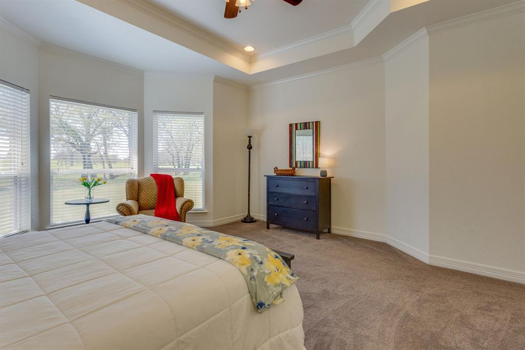 1809 Rockview  Drive, Granbury, Texas 76049 - acquisto real estate best photos for luxury listings amy gasperini quick sale real estate
