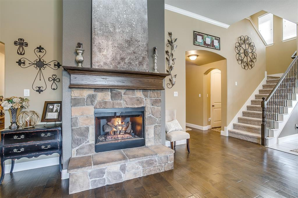 944 Merion Drive, Fort Worth, Texas 76028 - acquisto real estate best new home sales realtor linda miller executor real estate