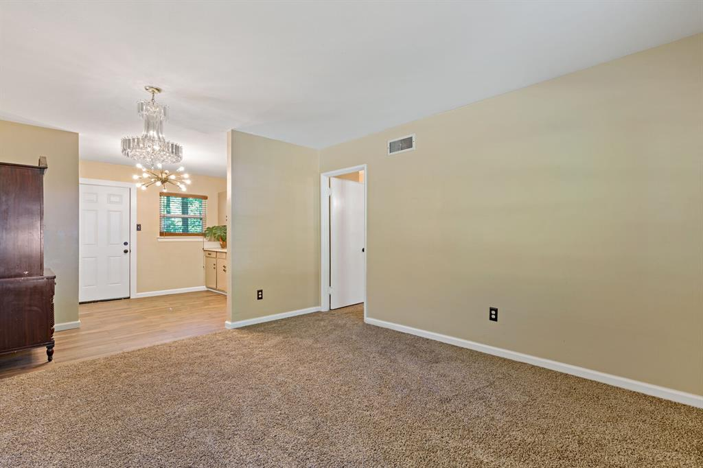 268 Crockett  Street, Lone Star, Texas 75668 - acquisto real estate best real estate company to work for