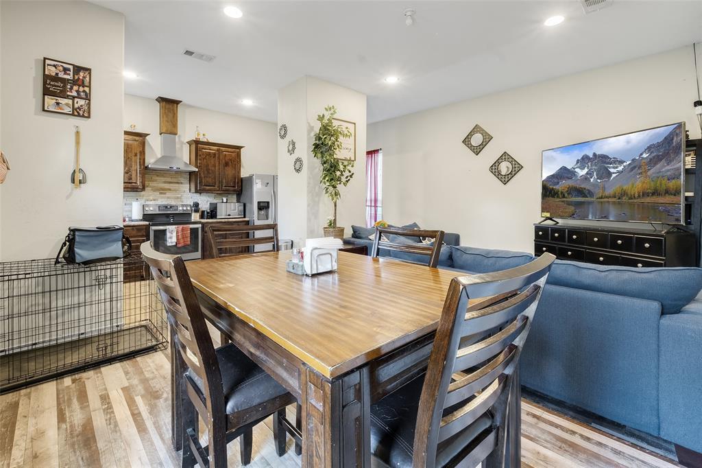 8102 Suetelle  Drive, Dallas, Texas 75217 - acquisto real estate best photos for luxury listings amy gasperini quick sale real estate