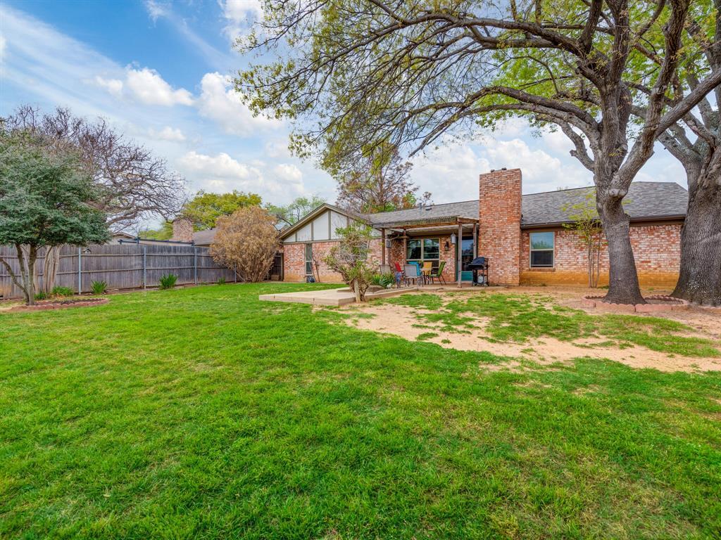 425 Mountainview Drive, Hurst, Texas 76054 - acquisto real estate smartest realtor in america shana acquisto