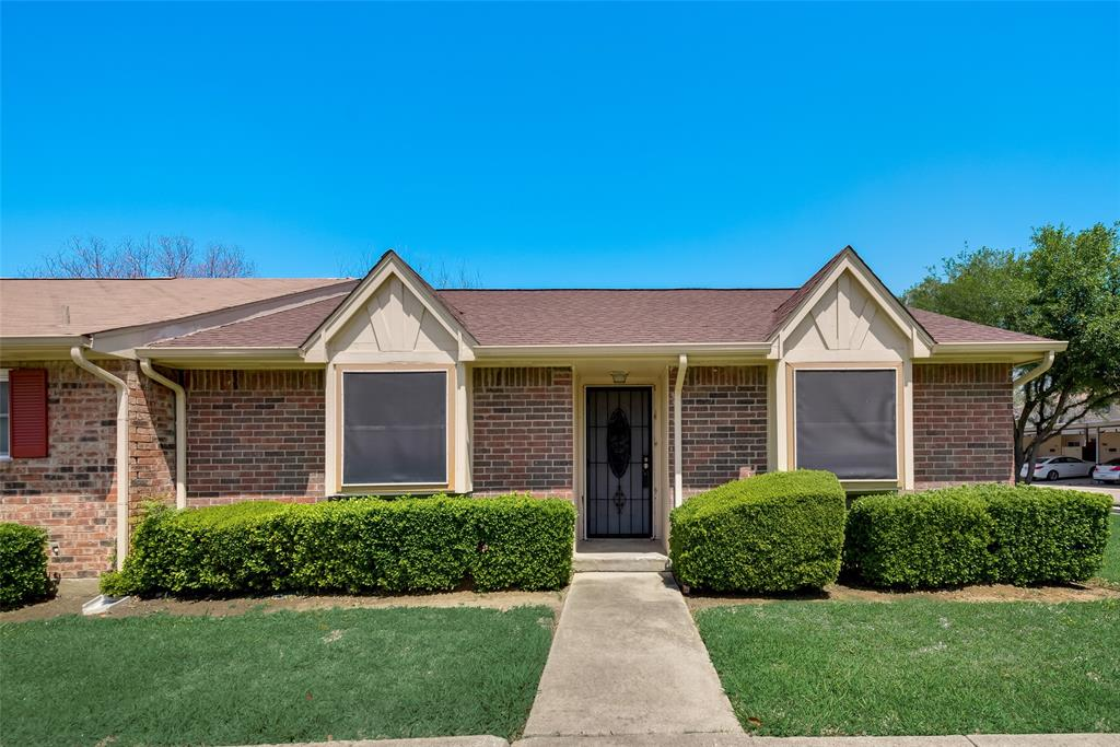 27 Mountain Creek  Court, Grand Prairie, Texas 75052 - Acquisto Real Estate best plano realtor mike Shepherd home owners association expert