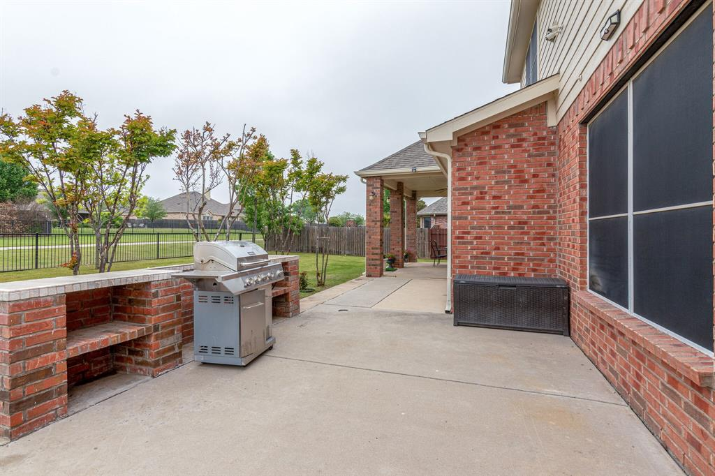 13305 Austin Stone  Drive, Fort Worth, Texas 76052 - acquisto real estate best frisco real estate agent amy gasperini panther creek realtor