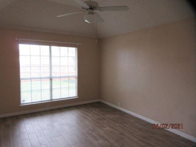 4524 Forsyth Lane, Grand Prairie, Texas 75052 - acquisto real estate best prosper realtor susan cancemi windfarms realtor