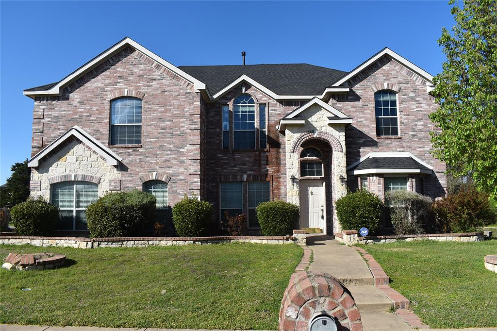 1701 Wylie Creek Drive, DeSoto, Texas 75115 - Acquisto Real Estate best plano realtor mike Shepherd home owners association expert