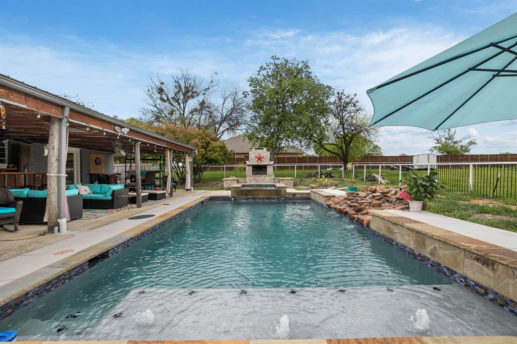 5901 Sachse  Road, Sachse, Texas 75048 - acquisto real estate best park cities realtor kim miller best staging agent