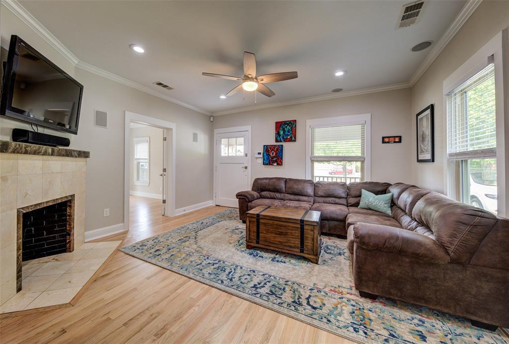 610 Clinton  Avenue, Dallas, Texas 75208 - acquisto real estate best style realtor kim miller best real estate reviews dfw