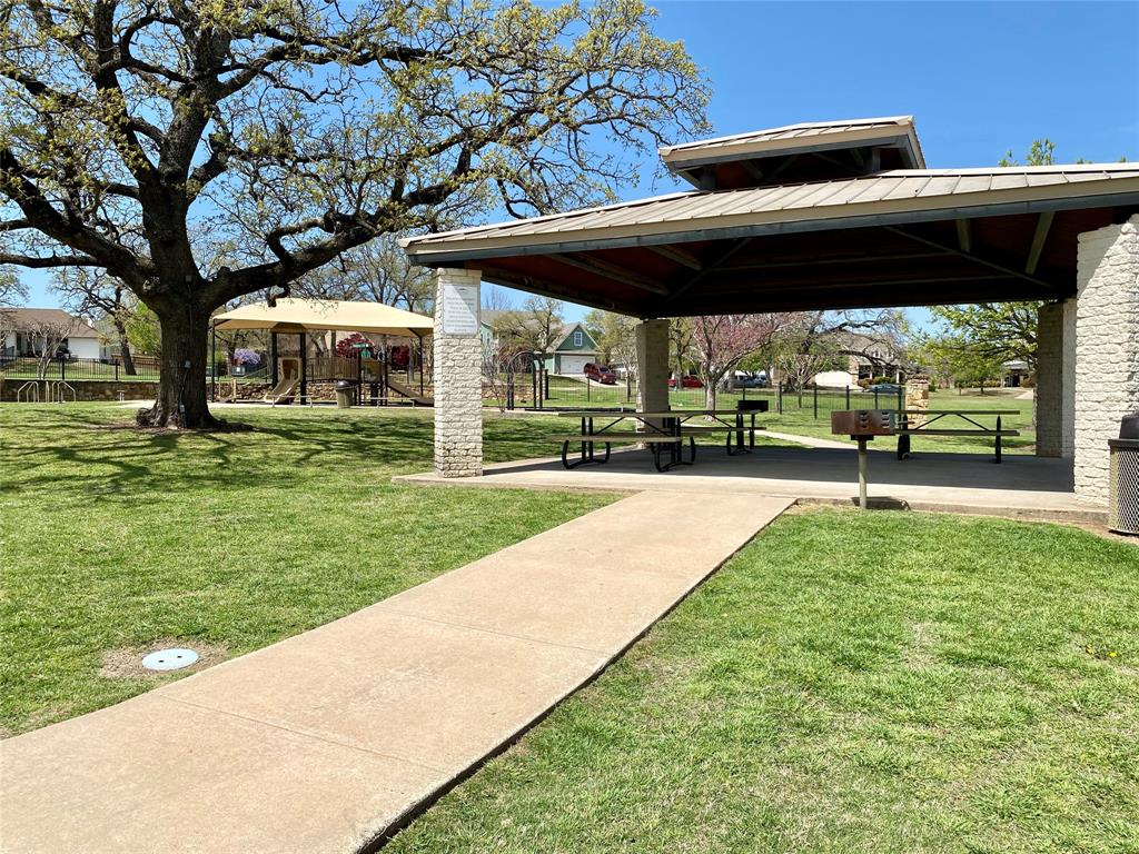 2974 Masters Court, Burleson, Texas 76028 - acquisto real estate best realtor foreclosure real estate mike shepeherd walnut grove realtor