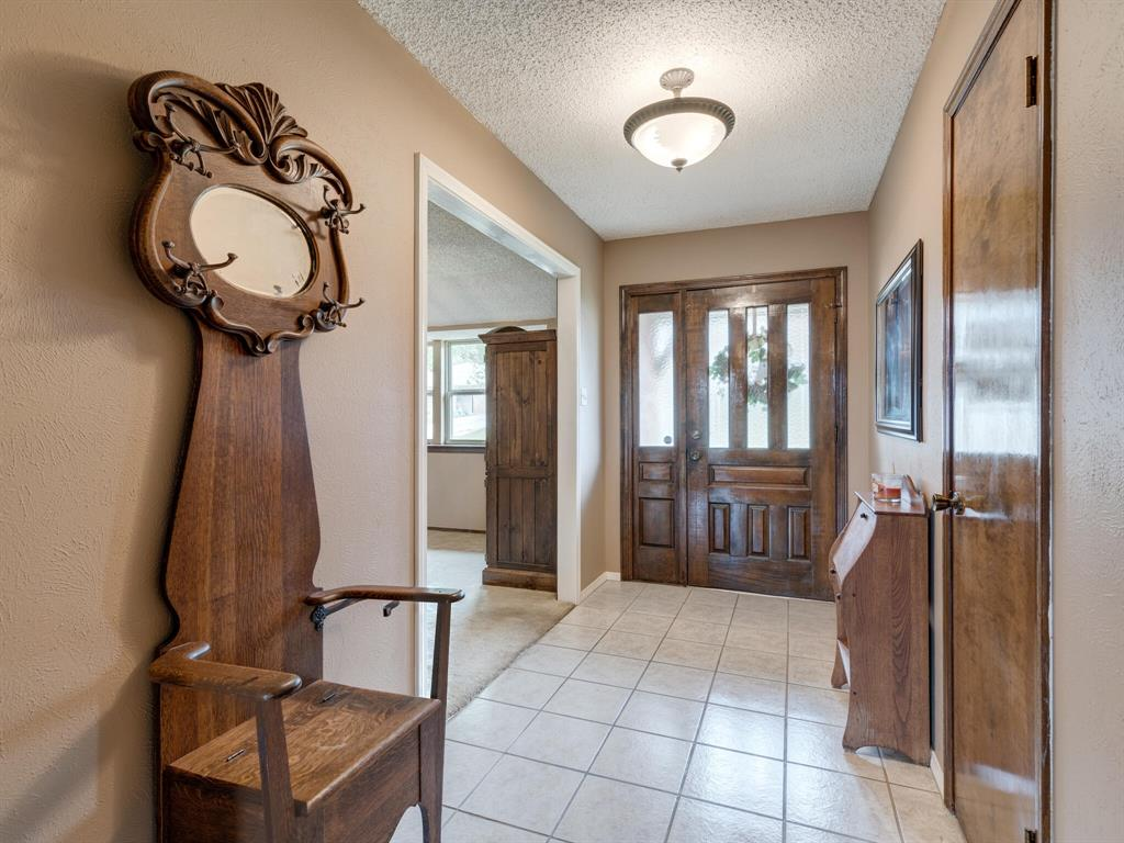425 Mountainview Drive, Hurst, Texas 76054 - acquisto real estate best flower mound realtor jody daley lake highalands agent of the year