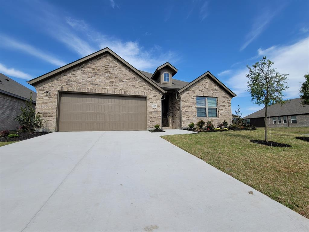 2305 Templin Avenue, Forney, Texas 75126 - Acquisto Real Estate best plano realtor mike Shepherd home owners association expert