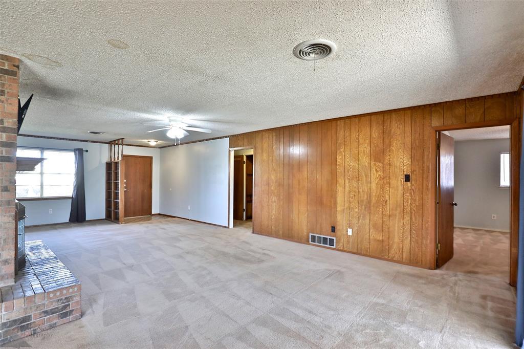 2909 21st  Street, Abilene, Texas 79605 - acquisto real estate best realtor westlake susan cancemi kind realtor of the year