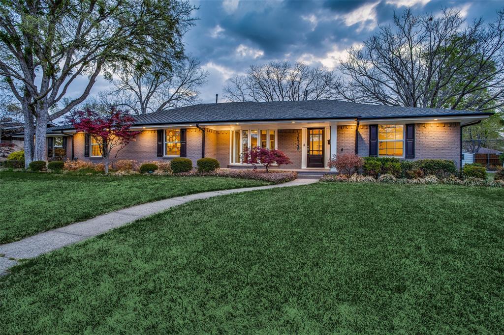 10748 Saint Lazare Drive, Dallas, Texas 75229 - acquisto real estate best allen realtor kim miller hunters creek expert