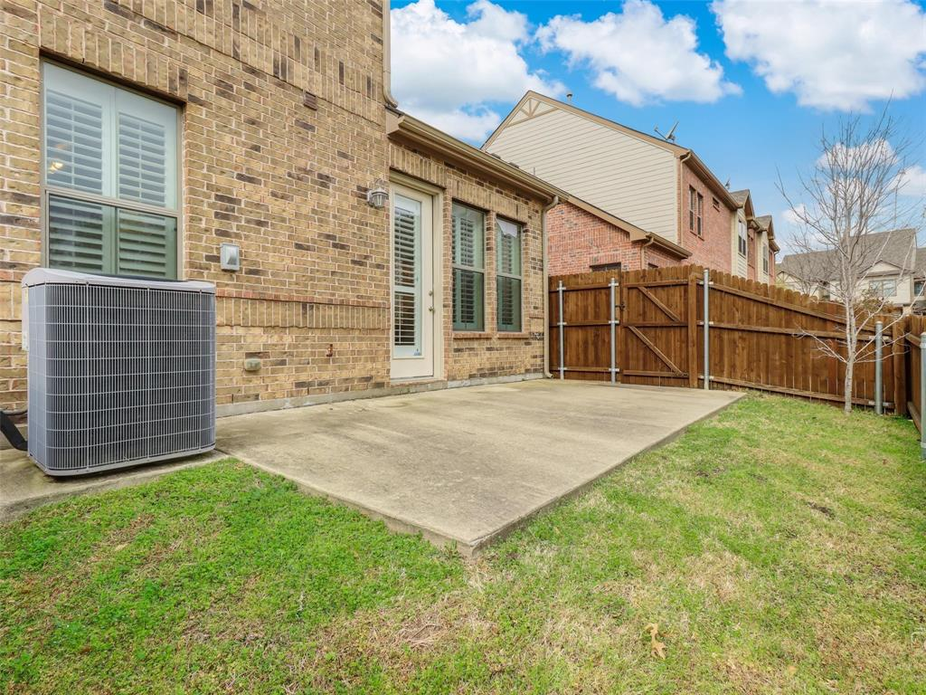 1626 Southwestern Drive, Allen, Texas 75013 - acquisto real estate best realtor foreclosure real estate mike shepeherd walnut grove realtor