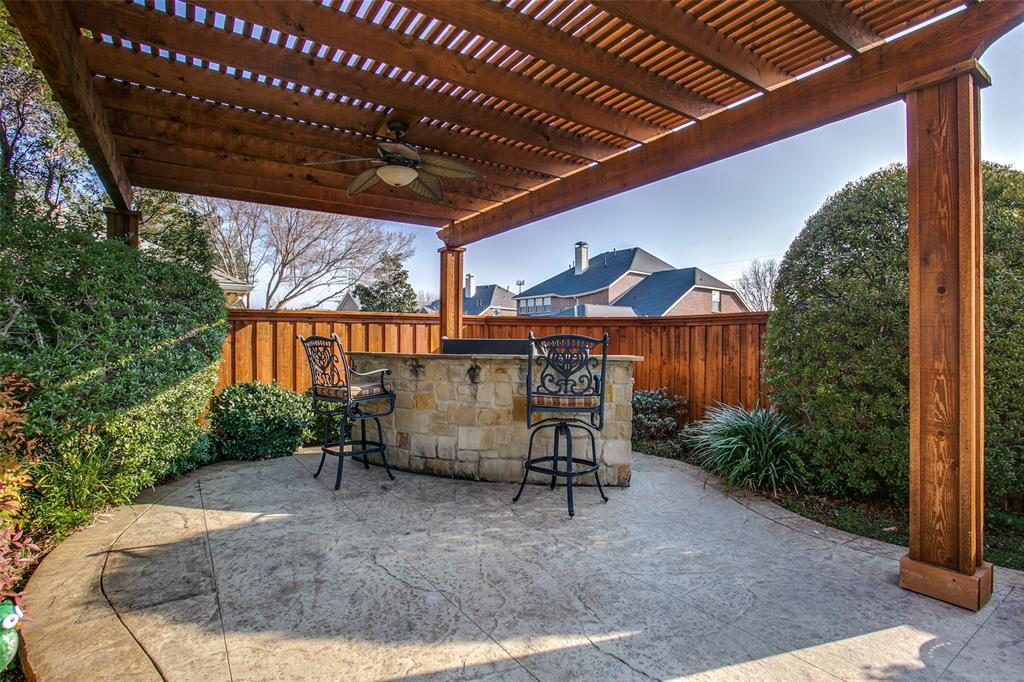 927 Hidden Hollow  Court, Coppell, Texas 75019 - acquisto real estate best realtor foreclosure real estate mike shepeherd walnut grove realtor