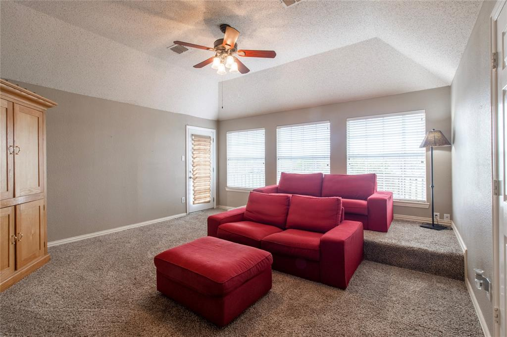 6207 Wilmington Drive, Frisco, Texas 75035 - acquisto real estate best realtor dallas texas linda miller agent for cultural buyers