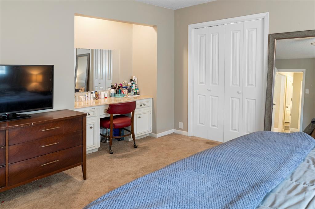 2410 Ridgewood Drive, Sherman, Texas 75092 - acquisto real estate best new home sales realtor linda miller executor real estate