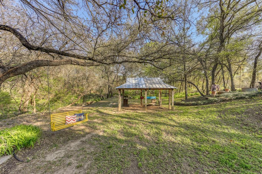 890 Tanglewood Drive, Brock, Texas 76087 - acquisto real estate best negotiating realtor linda miller declutter realtor