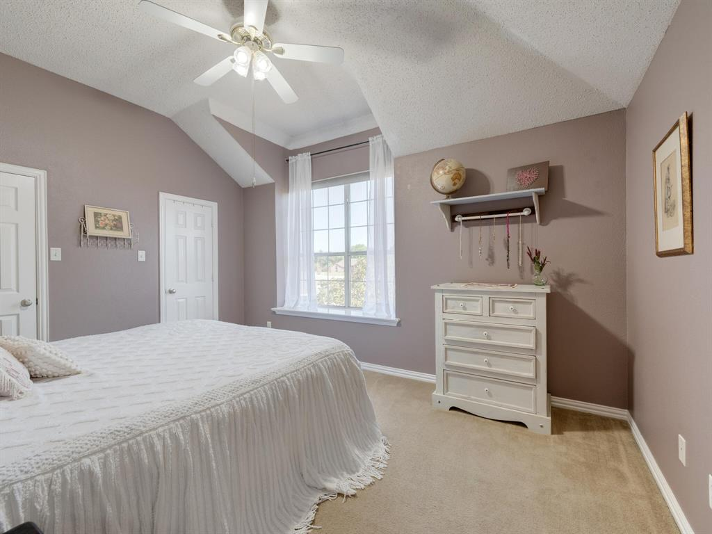 311 Cottonwood  Trail, Shady Shores, Texas 76208 - acquisto real estate best plano real estate agent mike shepherd