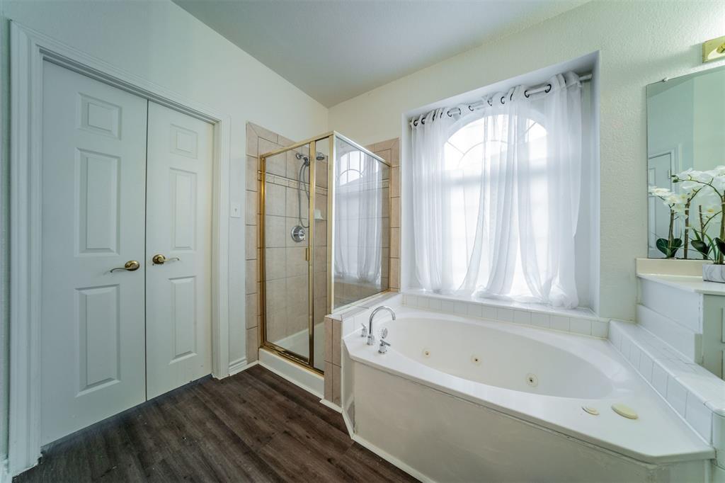 5958 Portridge  Drive, Fort Worth, Texas 76135 - acquisto real estate best luxury buyers agent in texas shana acquisto inheritance realtor