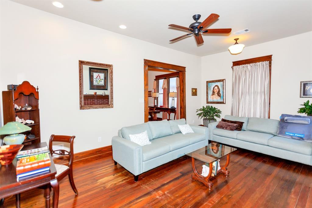 2260 Fairmount  Avenue, Fort Worth, Texas 76110 - acquisto real estate best allen realtor kim miller hunters creek expert