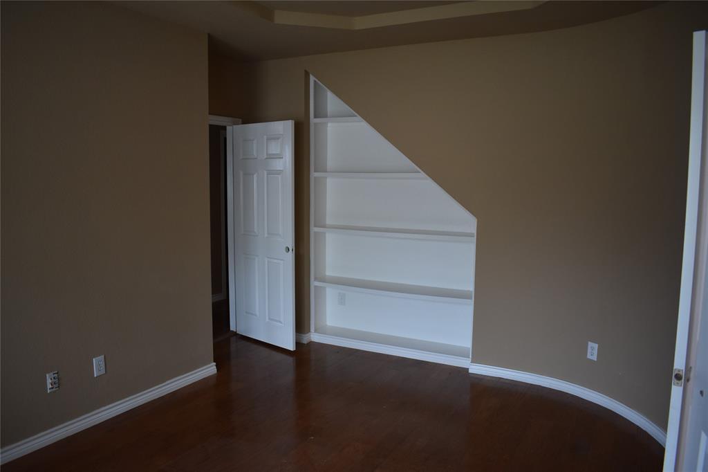 1701 Wylie Creek Drive, DeSoto, Texas 75115 - acquisto real estate best celina realtor logan lawrence best dressed realtor