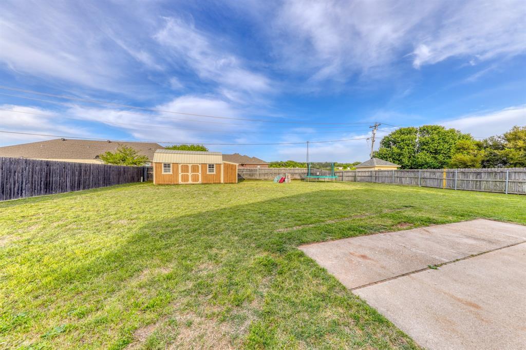 1029 Calinco  Drive, Granbury, Texas 76048 - acquisto real estate best frisco real estate agent amy gasperini panther creek realtor