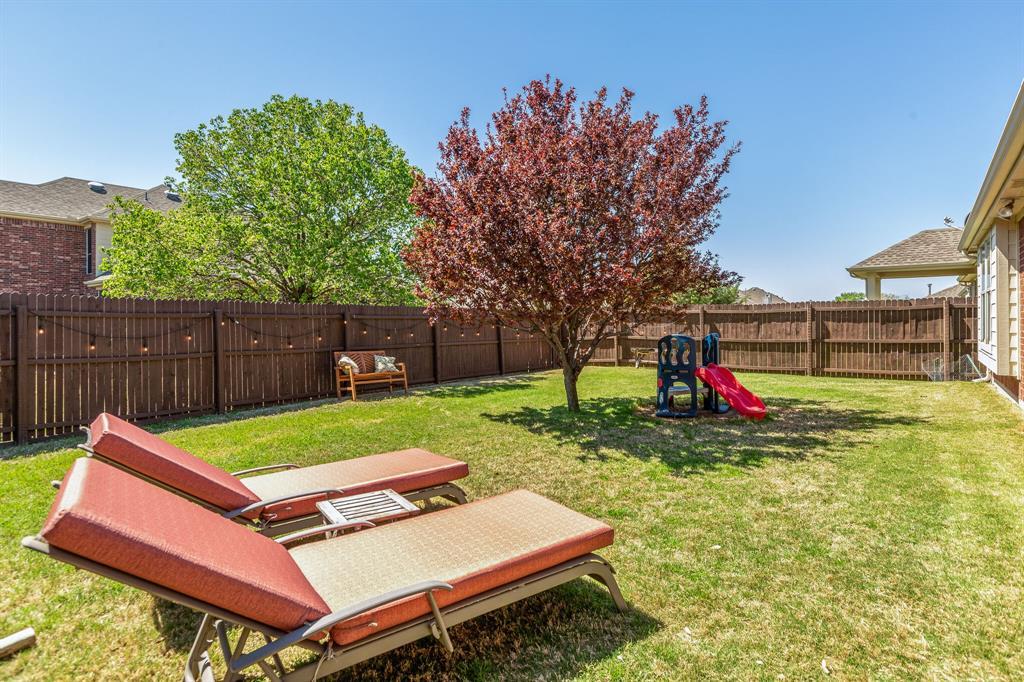 2860 Evening Mist Drive, Little Elm, Texas 75068 - acquisto real estate best realtor foreclosure real estate mike shepeherd walnut grove realtor