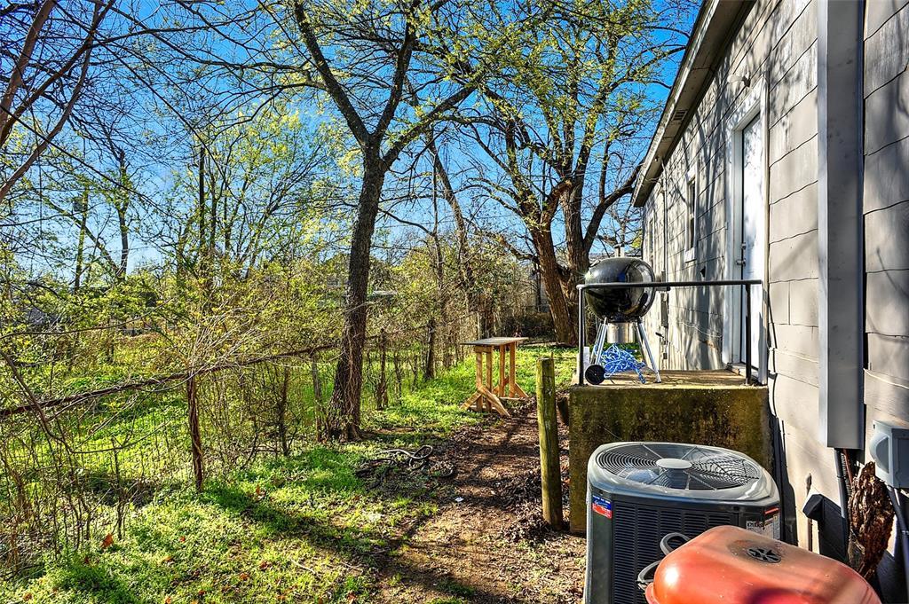 710 Scullin Avenue, Denison, Texas 75020 - acquisto real estate best photo company frisco 3d listings