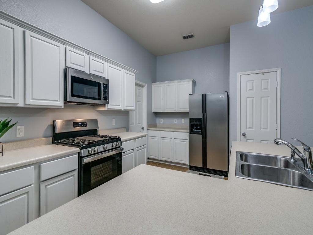 321 Highland Creek  Drive, Wylie, Texas 75098 - acquisto real estate best real estate company to work for