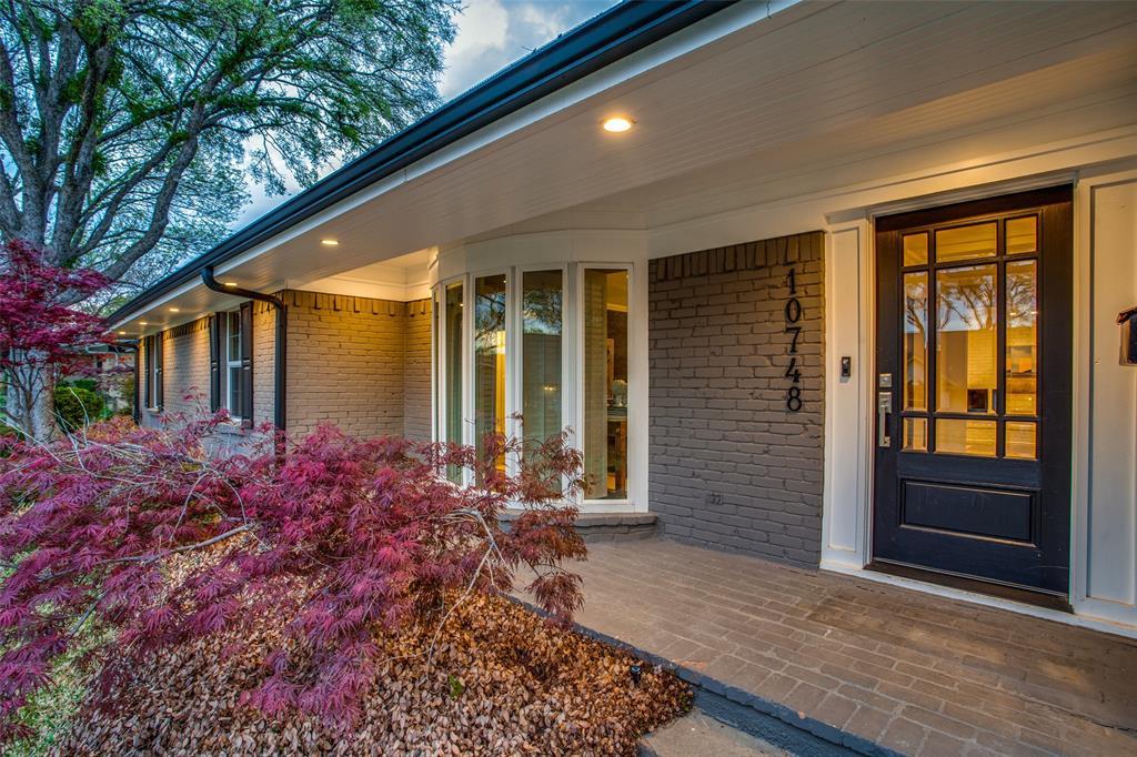 10748 Saint Lazare Drive, Dallas, Texas 75229 - acquisto real estate best the colony realtor linda miller the bridges real estate