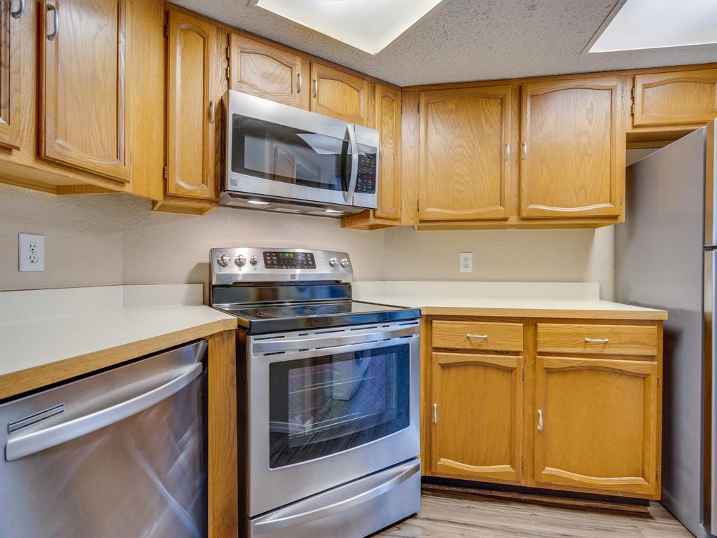 5590 Spring Valley  Road, Dallas, Texas 75254 - acquisto real estate best new home sales realtor linda miller executor real estate