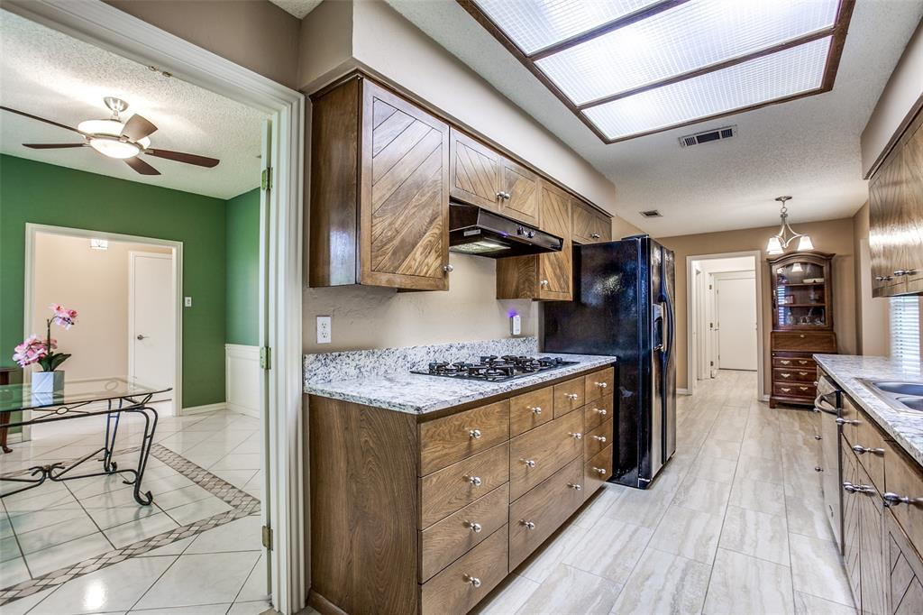 912 Berkeley  Drive, Richardson, Texas 75081 - acquisto real estate best real estate company in frisco texas real estate showings