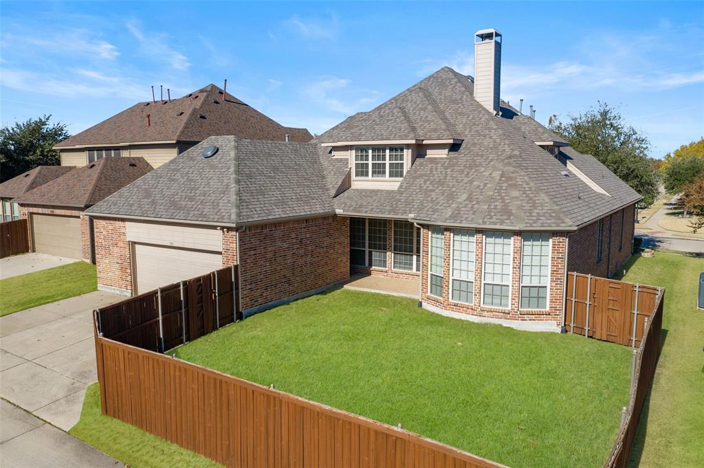 935 Pine Burst  Drive, Allen, Texas 75013 - acquisto real estate best park cities realtor kim miller best staging agent