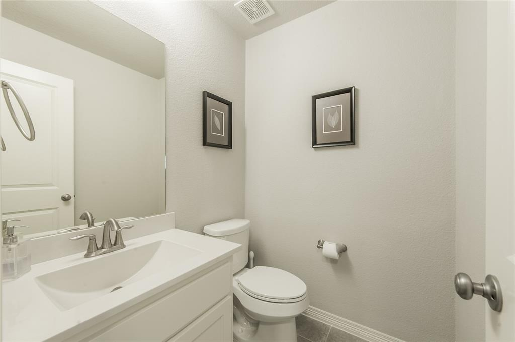 7409 Collin McKinney Parkway, McKinney, Texas 75070 - acquisto real estate best frisco real estate agent amy gasperini panther creek realtor