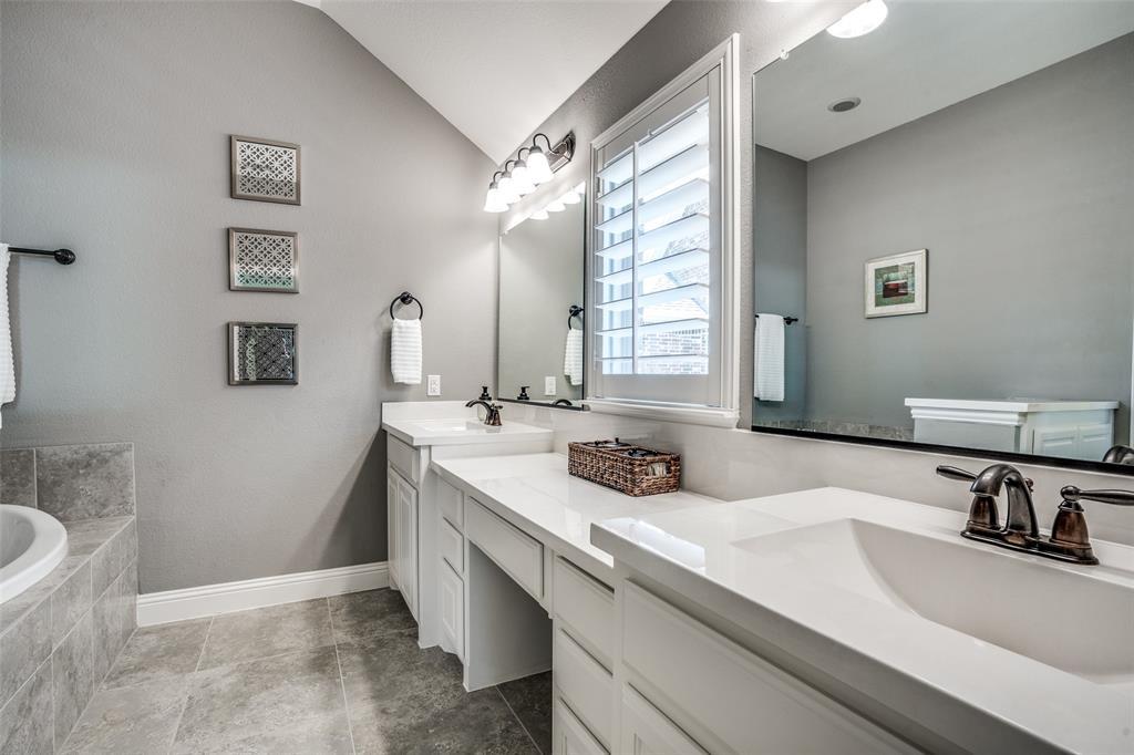 5404 Grove Cove  Drive, McKinney, Texas 75071 - acquisto real estate best designer and realtor hannah ewing kind realtor