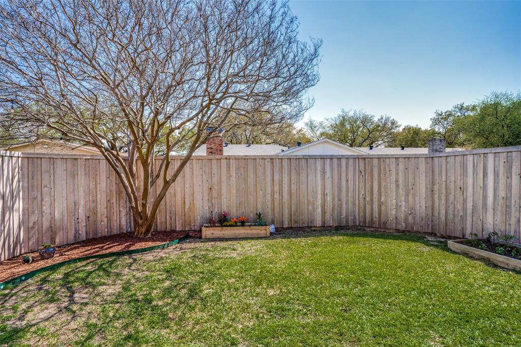 10954 Middle Knoll Drive, Dallas, Texas 75238 - acquisto real estate best frisco real estate agent amy gasperini panther creek realtor