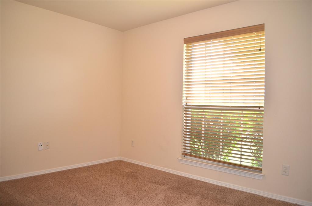 4500 Ashbury  Lane, Mansfield, Texas 76063 - acquisto real estate best realtor foreclosure real estate mike shepeherd walnut grove realtor