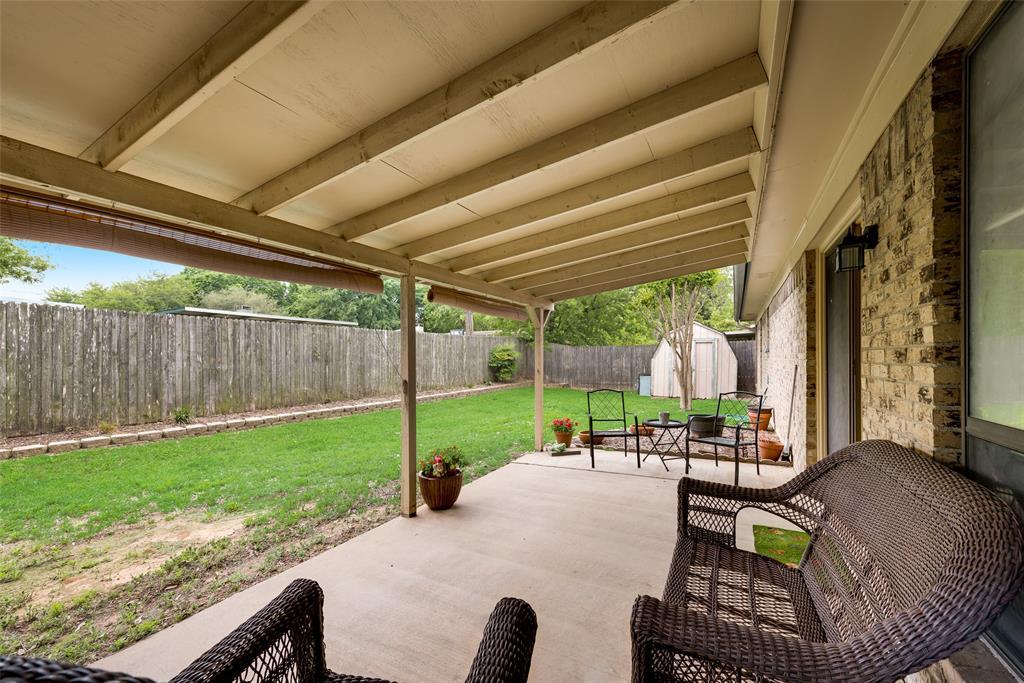 2720 Quail  Valley, Irving, Texas 75060 - acquisto real estate best negotiating realtor linda miller declutter realtor