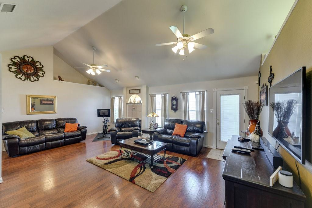 606 Hanover Drive, Waxahachie, Texas 75165 - acquisto real estate best new home sales realtor linda miller executor real estate