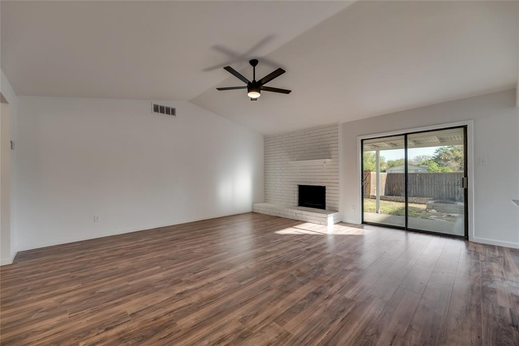 2205 Greenvalley  Drive, Carrollton, Texas 75007 - acquisto real estate best the colony realtor linda miller the bridges real estate