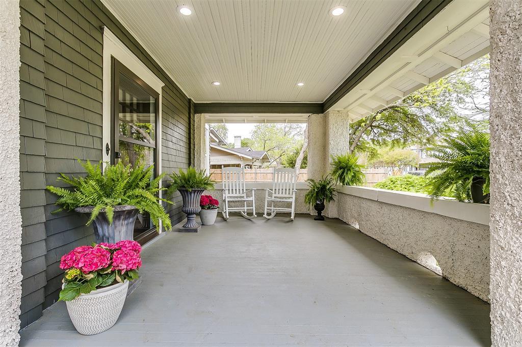 415 Featherston  Street, Cleburne, Texas 76033 - acquisto real estate best allen realtor kim miller hunters creek expert